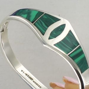 Vintage TAXCO MALACHITE Hinged Bangle Bracelet